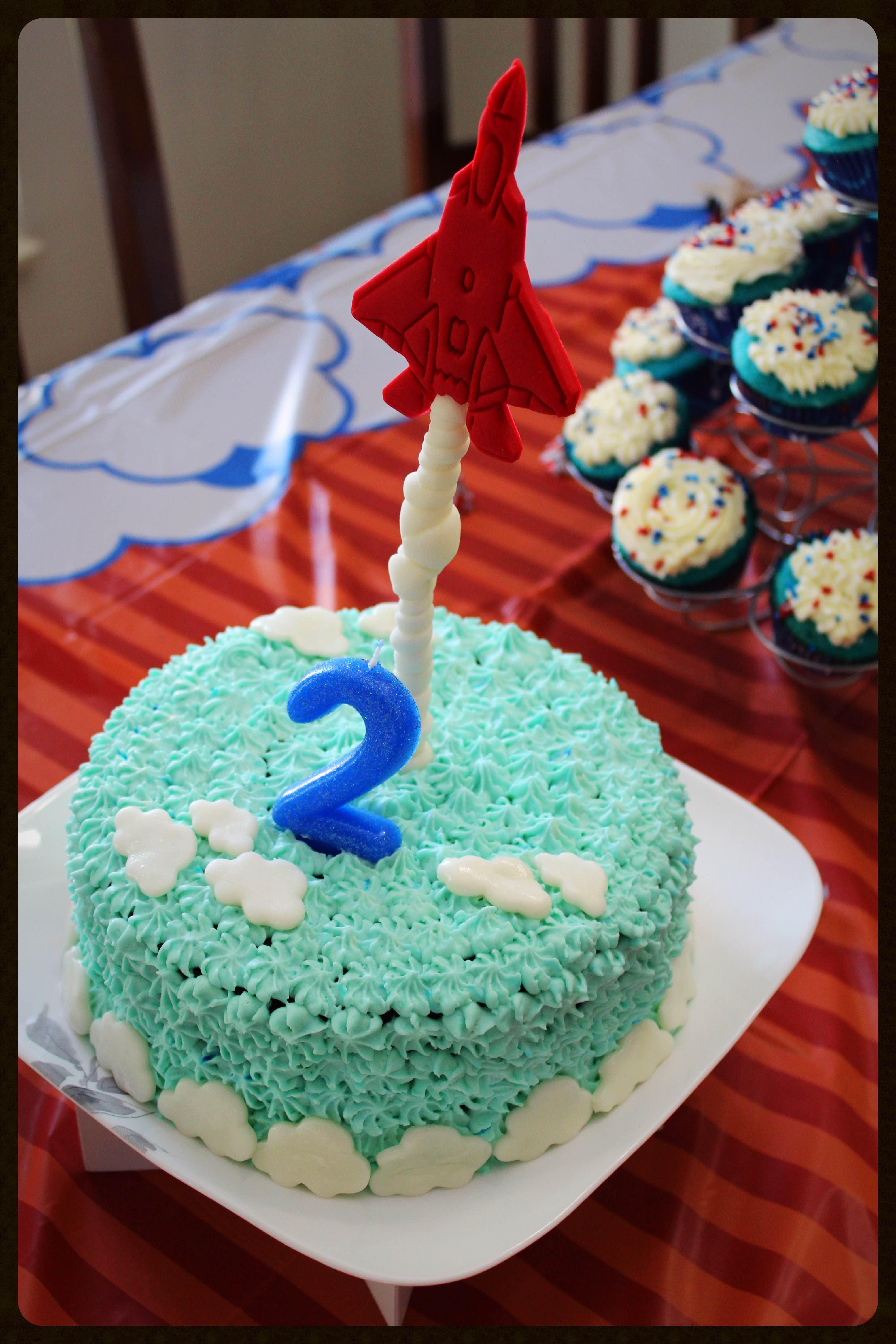 Antigravity airplane cake